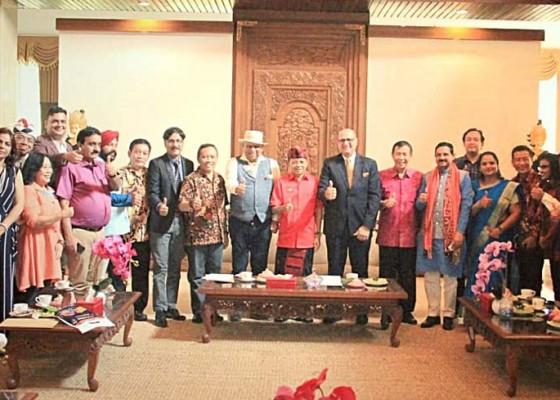 Nusabali.com - pebisnis-hindu-dunia-nilai-masa-depan-bali-cerah