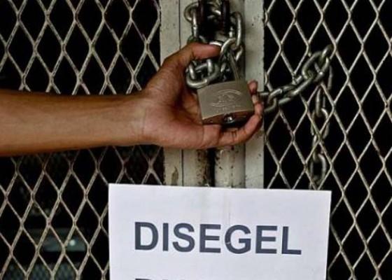 Nusabali.com - sekolah-disegel-ahli-waris-ratusan-pelajar-telantar