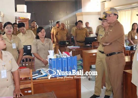 Nusabali.com - buleleng-kekurangan-5020-pns
