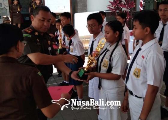 Nusabali.com - kejari-gianyar-gelar-lomba-anti-korupsi