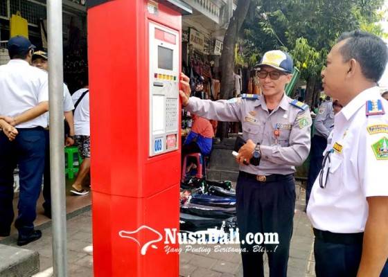 Nusabali.com - dishub-tabanan-ditarget-pendapatan-parkir-rp-72-m