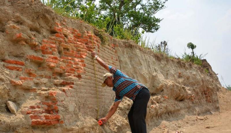 www.nusabali.com-temuan-struktur-bata-kuno-diduga-pemukiman-majapahit