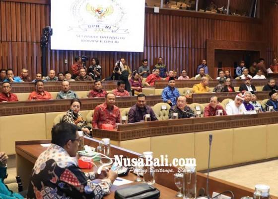 Nusabali.com - siapkan-personel-di-komisi-ii-andalkan-lobi-orang-per-orang