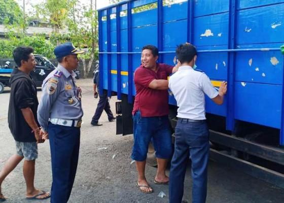 Nusabali.com - kendaraan-angkutan-barang-wajib-pasang-apct