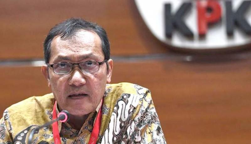 www.nusabali.com-kpk-bakal-panggil-menteri-menteri-bandel
