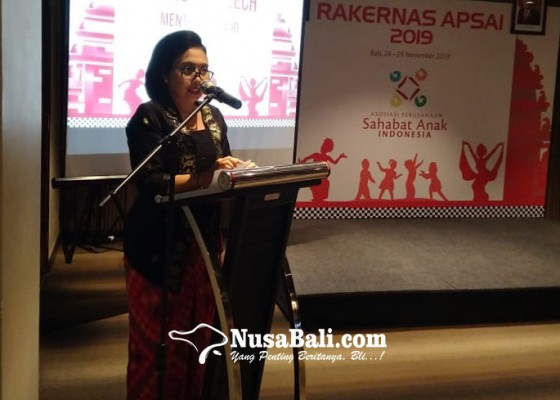 Nusabali.com - bintang-puspayoga-apresiasi-apsai-dalam-pemenuhan-hak-anak
