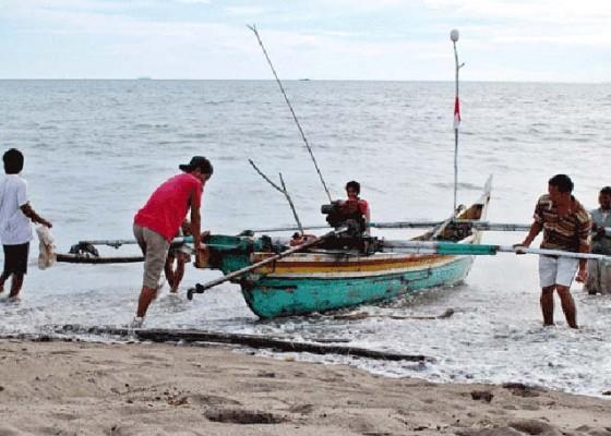 Nusabali.com - nelayan-kusamba-digelontor-jaring-rp-268-juta