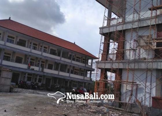 Nusabali.com - lanjut-bangun-smpn-14-denpasar