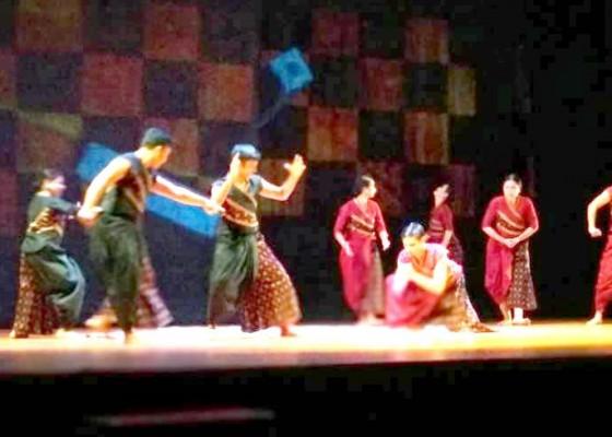 Nusabali.com - kolaborasi-apik-seniman-bali-india