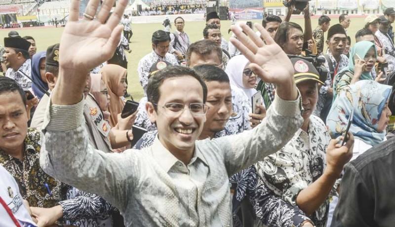 www.nusabali.com-mendikbud-nilai-aneh-jumlah-guru-di-indonesia