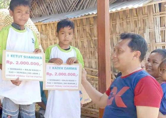 Nusabali.com - siswa-yatim-piatu-dibantu-biaya-sekolah-dan-sepeda