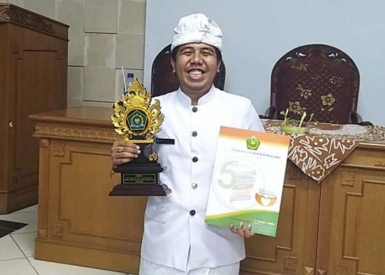 Nusabali.com - sabet-juara-i-penyuluh-agama-hindu-non-pns-teladan-bali