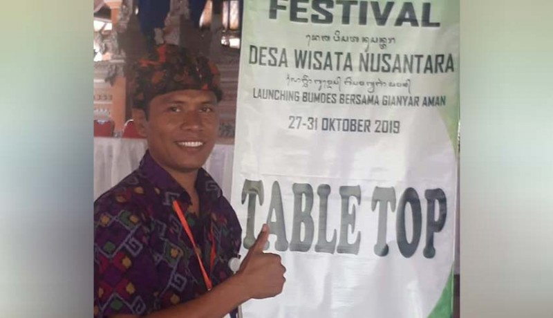 www.nusabali.com-ketua-bumdes-petulu-tantang-incumbent-di-pilkel