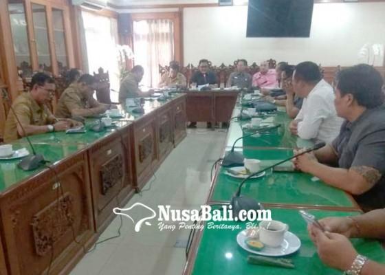 Nusabali.com - dewan-bertemu-perbekel-se-kota-denpasar