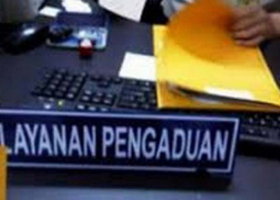 Nusabali.com - perwakilan-nasabah-koperasi-bodong-datangi-polres-tabanan