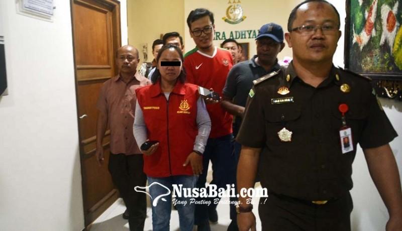 www.nusabali.com-ditahan-bendahara-seret-mantan-perbekel