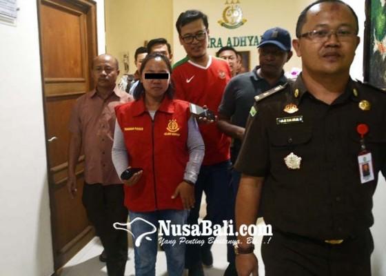 Nusabali.com - ditahan-bendahara-seret-mantan-perbekel