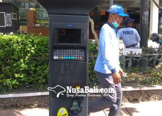 Nusabali.com - mesin-e-parkir-mangkrak