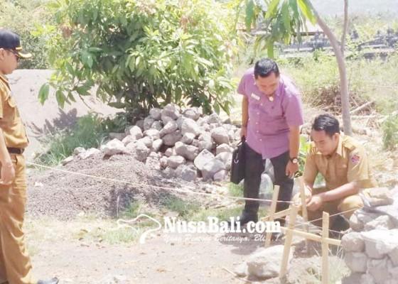 Nusabali.com - krama-tigawasa-khawatiri-bangunan-dekat-pura-segara