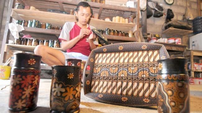 www.nusabali.com-kerajinan-batik-bambu