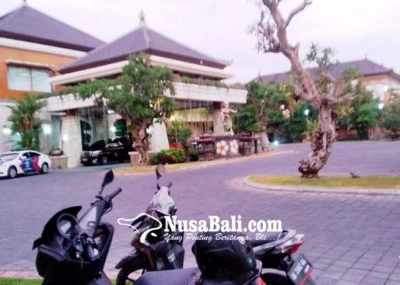 Nusabali.com - jasa-kebersihan-rumah-jabatan-bupati-dan-wabup-rp-269-miliar