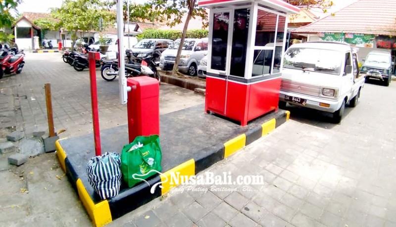 www.nusabali.com-tekan-kebocoran-dua-pasar-kembali-terapkan-e-parkir