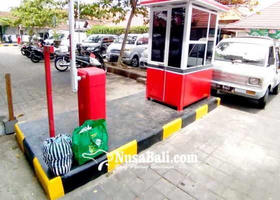 Nusabali.com - tekan-kebocoran-dua-pasar-kembali-terapkan-e-parkir