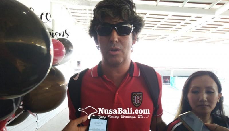 www.nusabali.com-masuk-bursa-pelatih-timnas-teco-tunggu-empat-laga