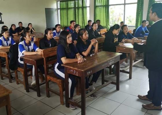 Nusabali.com - stahn-mpu-kuturan-sediakan-500-beasiswa