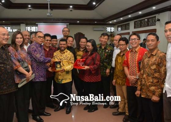 Nusabali.com - buld-dpd-ri-jadi-lokomotif-pengawalan-di-pusat