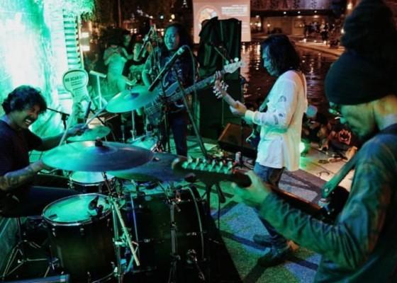 Nusabali.com - pesan-cinta-lingkungan-dalam-hentakan-konser-navicula