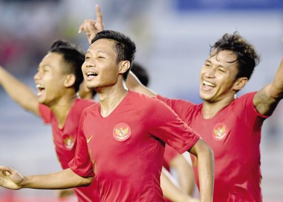 Nusabali.com - selangkah-lagi-emas-sepakbola