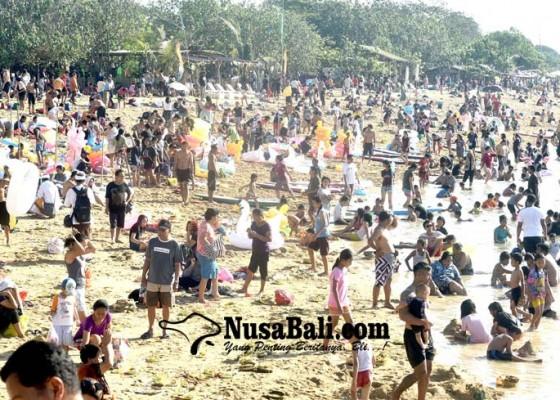 Nusabali.com - banyu-pinaruh-malukat-sekaligus-refreshing