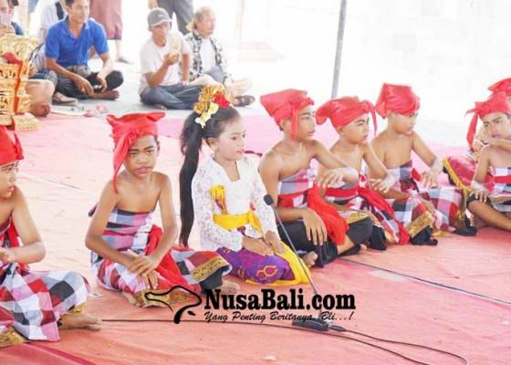 Nusabali.com - lomba-genjek-tingkat-sd-digelar-saat-saraswati