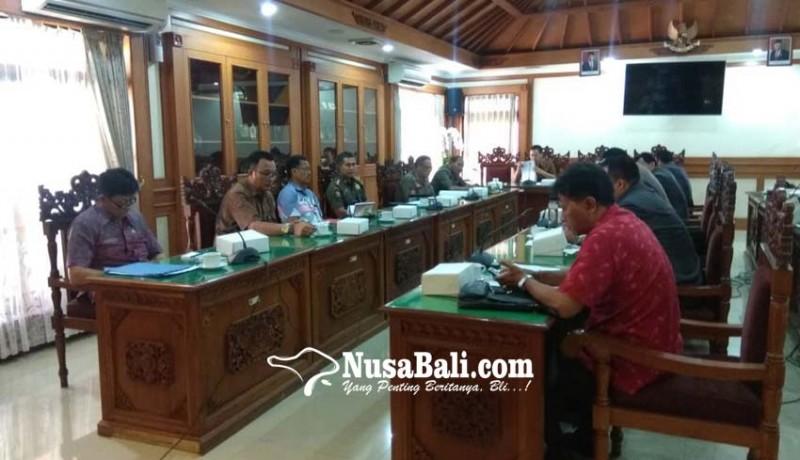 www.nusabali.com-satpol-pp-curhat-ke-dewan