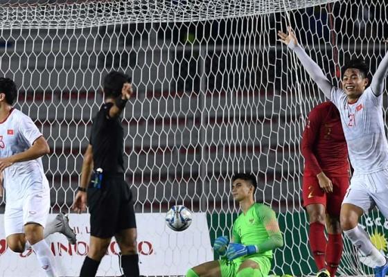 Nusabali.com - indonesia-perpanjang-puasa-emas-sepakbola