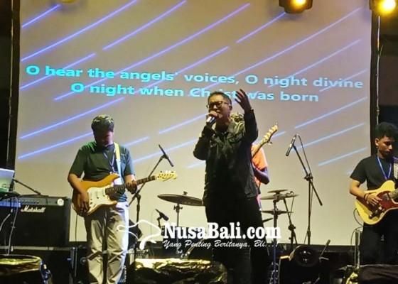 Nusabali.com - fandy-kerispatih-semarakkan-youth-festival-concert-stiki-indonesia