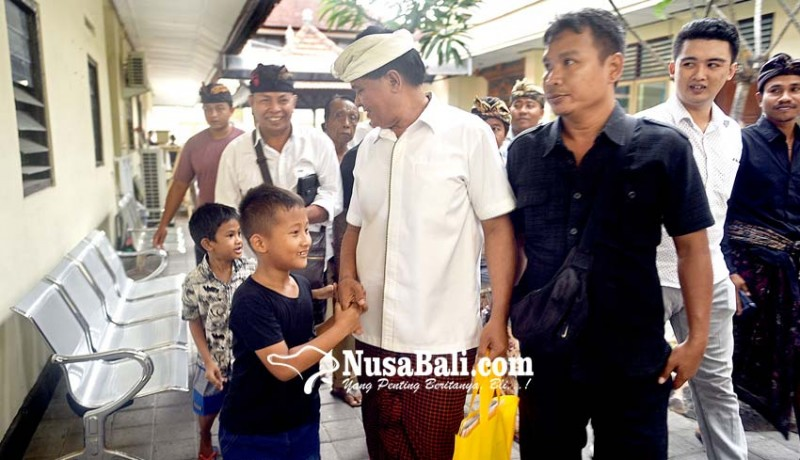 www.nusabali.com-dituntut-15-tahun-sudikerta-pucat