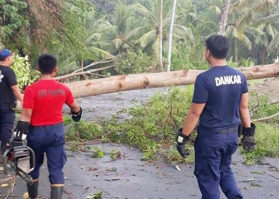 Nusabali.com - musim-hujan-bpbd-imbau-masyarakat-waspada