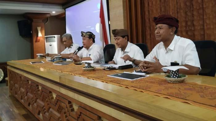 www.nusabali.com-sekda-kota-denpasar-pimpin-rapat-final-denfest