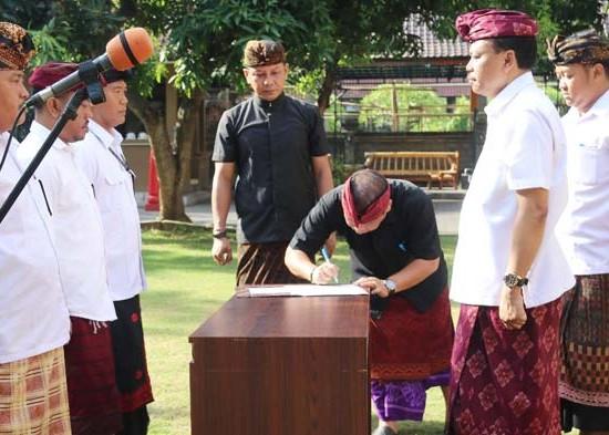 Nusabali.com - 61-pejabat-fungsional-satpol-pp-dilantik
