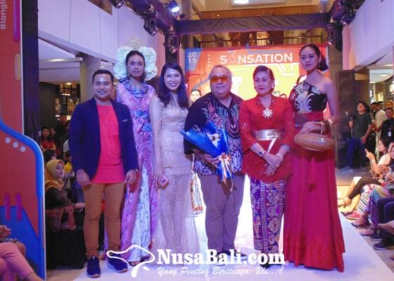 Nusabali.com - tjok-abi-dan-dian-saskara-pamer-karya-di-denpasar-hype-fashion-week