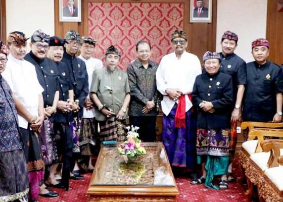 Nusabali.com - paiketan-puri-sejebag-bali-temui-koster