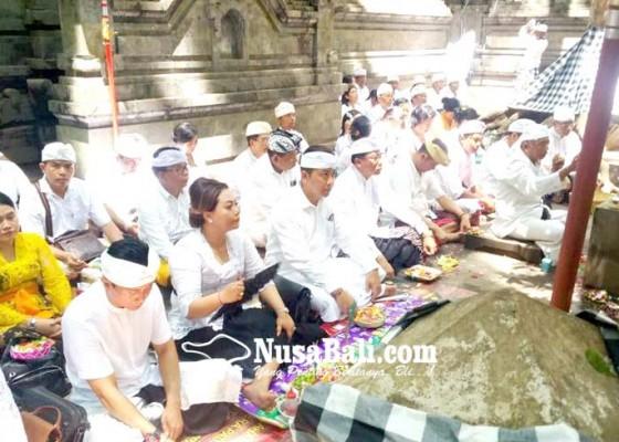 Nusabali.com - pemkab-tabanan-nganyarin-ke-pura-alas-purwo