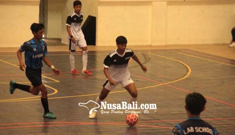 www.nusabali.com-kejuaraan-futsal-buleleng-diikuti-16-tim-pelajar