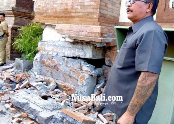 Nusabali.com - kejari-turun-periksa-pasar-badung