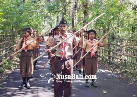Nusabali.com - persami-smpn-3-selat-libatkan-300-siswa