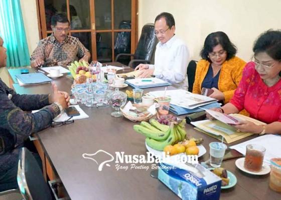 Nusabali.com - semua-pelamar-dinilai-berkompeten