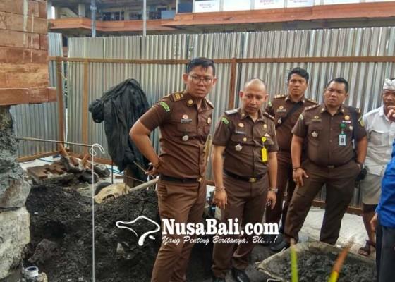 Nusabali.com - tp4d-cek-lagi-kondisi-pasar-badung
