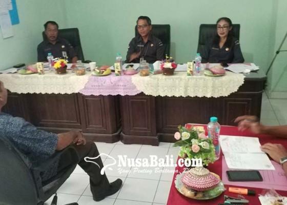 Nusabali.com - 41-calon-panwascam-pilkada-jembrana-dites-wawancara